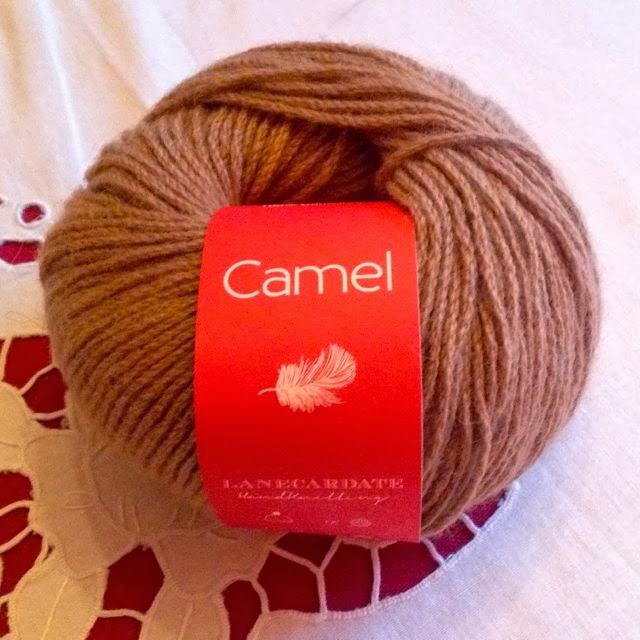 Un gomitolo di Camel (fotografia di Valentina Cosciani).