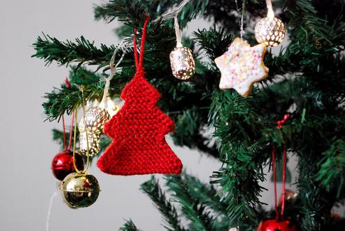 L'albero di Natale ai ferri di Baiba Dzelme