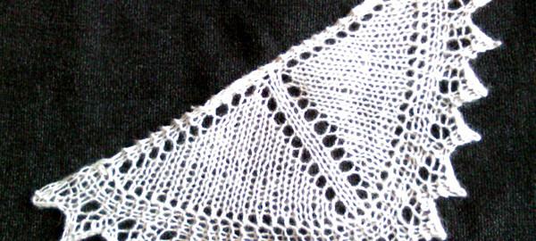 """Uno dei """"miniscialli"""" che saranno proposti nel laboratorio di maglia"""