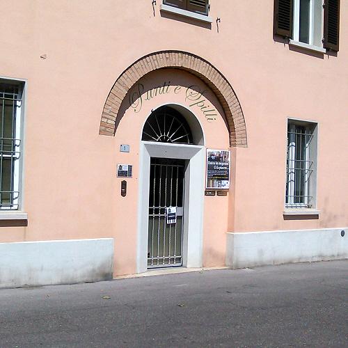 Punti & Spilli, Forlì